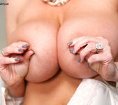Happy Feet - Kelly Madison 8