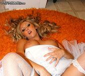 House Wife - Jessica Lynn 9