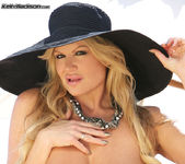 Te Amo - Kelly Madison 6