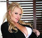 Business Woman's BJ - Kelly Madison 3