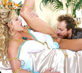 Glad-He-Ate-Her - Kelly Madison 12