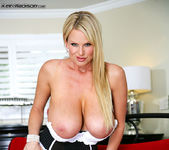 Big Titty Chill - Kelly Madison 14