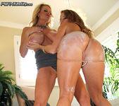 Big Tits & Ass - Nikki Delano 7