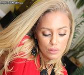 Cum In Nicole - Nicole Aniston 5