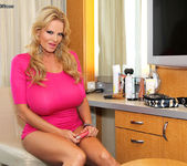 Cruise On In - Kelly Madison 3