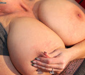 Big Boobie Chill - Kelly Madison 14