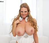 White Hot - Kelly Madison 10