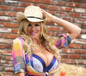 Thanksgiving Cuntry Pie - Kelly Madison 2