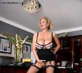 Phone Affair - Kelly Madison 7