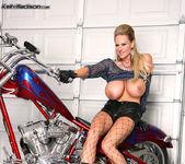 Bitchin' Biker BJ - Kelly Madison 9