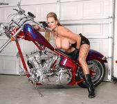 Bitchin' Biker BJ - Kelly Madison 12