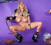 Superbowl M.V.Pussy - Kelly Madison 14