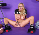 Superbowl M.V.Pussy - Kelly Madison 15