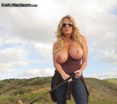 Titty Trecking - Kelly Madison 9