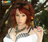 Steam Spunk - Zoey Nixon 3