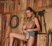 Rough Country - Kelly Madison 9