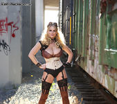 Off The Rails - Kelly Madison 13