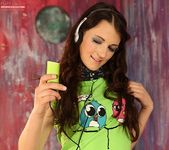 Aimee Ryan - music gets me horny 2