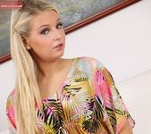 Bella Bell - Karup's Private Collection 4