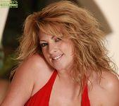 Lexi Lexxx - Karup's Older Women 2