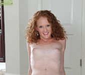 Ande - curly milf spreading her legs 8