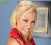 Jaycie - Karup's Older Women 4