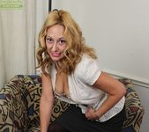 Roxy Jennings - Karup's Older Women 4