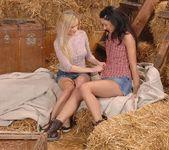 Indina & Suzie Carina 3