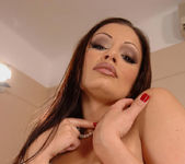 Aria Giovanni - 1by-day 9