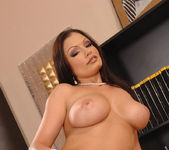 Aria Giovanni - 1by-day 10