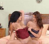 Claudia Ferrari & Sandra Shine 12