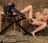 Viktoria Blonde - 1by-day 12