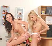Diana Doll, Katia & Thalia 15