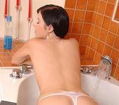 Daniela Rose - 1by-day 4