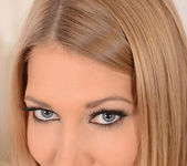 Lexi Lowe - 1by-day 5