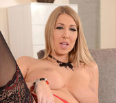 Lexi Lowe - 1by-day 8