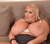 Laura M. - DDF Busty 9