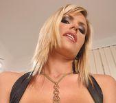 Wivien - DDF Busty 8