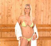 Wivien - DDF Busty 3