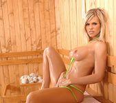 Wivien - DDF Busty 14
