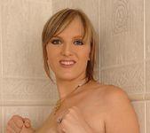 Stefani - DDF Busty 11