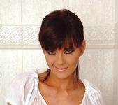 Gabriela - DDF Busty 4