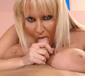 Laura M. - DDF Busty 12