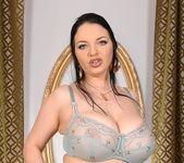 Joanna Bliss - DDF Busty 2