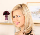 Anastasia De Vine - DDF Busty 2
