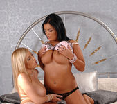 Dona Bell & Jasmine Black 5