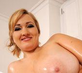 Sara Willis - DDF Busty 13