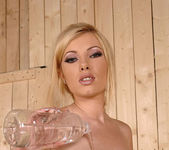 Dona Bell - DDF Busty 14