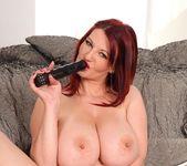 Vanessa - DDF Busty 16