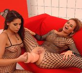 Cloe & Zafira - Euro Girls on Girls 16